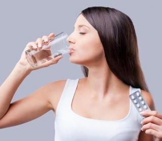 Quem faz uso de pílula anticoncepcional pode fazer cirurgia plástica?